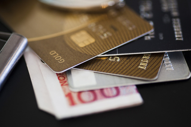 Buying forex with credit card